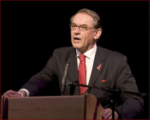 Eliasson speaks at World Aids Day in 2005. Photo by Eli Spivak.